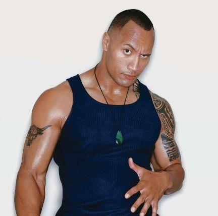 Dwayne-Johnson-The-Rock-Wrestling-Fitness-Workout-Luke-Hobbs-Arnold-Schwarzenegger-Baywatch_1471980235.jpg